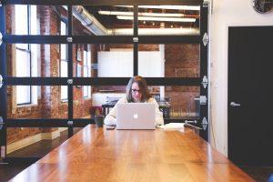 startup photos 300x200 - Sådan samarbejder virksomheder med kommuner
